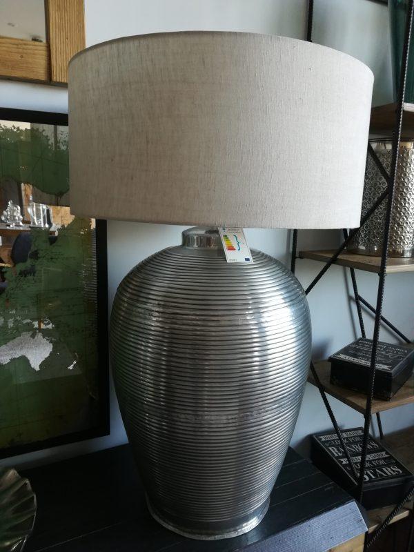 lampada in alluminio